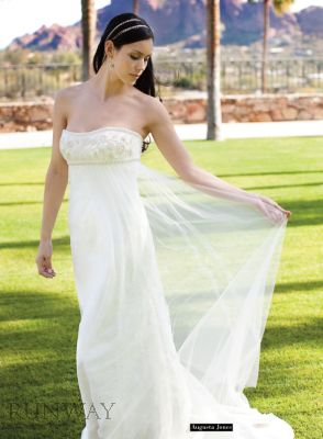 RW900+-+Spring+Bride+2009_Runway09Spring-HIGH-51.jpg.small