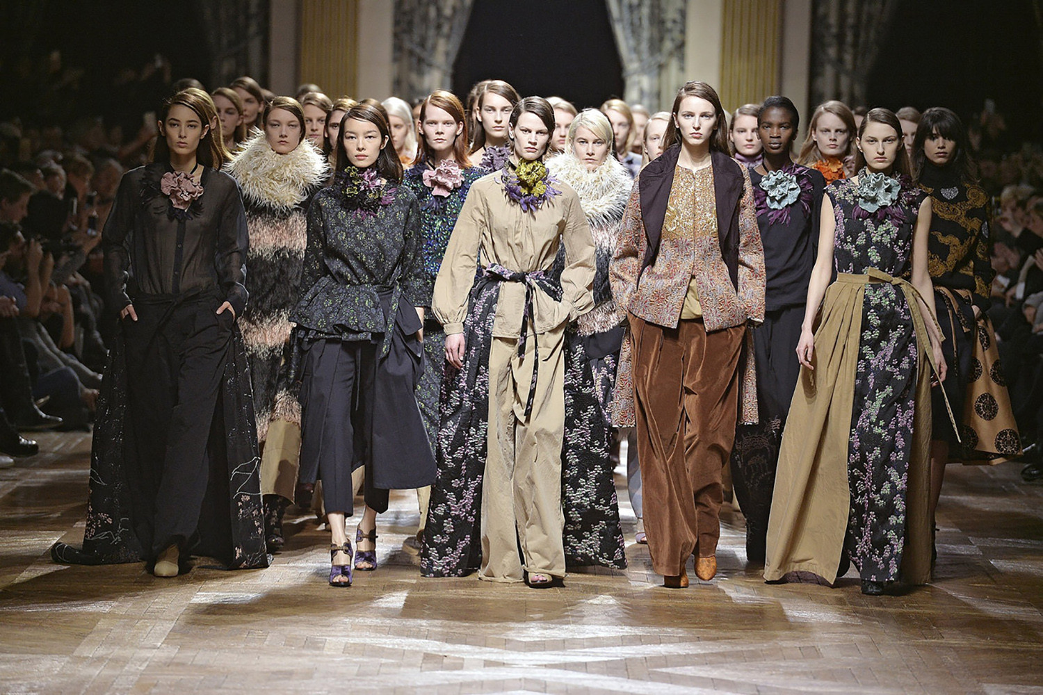 Best paris runway shows ever runway magazine official - Best runway shows ...